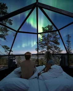 Falling asleep under the Northern Lights, Finland