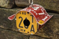 license plate craft projects   License Plate Birdhouse by StressTheSeams