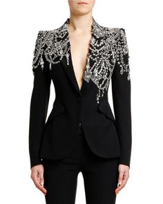 Outfits Alexander McQueen Crystal-Embellished Jersey Blazer Jacket Landscaping With Rocks Will Spotl High Fashion, Luxury Fashion, Womens Fashion, Tomboy Fashion, Fashion 2018, Fashion Fashion, Fashion Brands, Image Fashion, Alexander Mcqueen