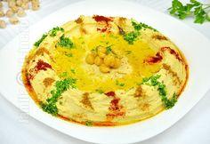 Reteta de hummus libanez este una pe care trebuie neaparat s-o aveti in repertoriu. Hummus-ul este un preparat libanez foarte cunoscut si iubit. Romania Food, Good Food, Yummy Food, Cooking Recipes, Healthy Recipes, Delicious Recipes, Hummus Recipe, Exotic Food, Pasta