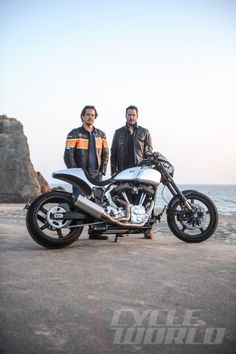 CW rides the from Arch Motorcycle Company which was founded by Gard Hollinger and Keanu Reeves. Arch Motorcycle, Womens Motorcycle Helmets, Motorcycle Types, Cruiser Motorcycle, Motorcycle Girls, Honda Motorcycles, Vintage Motorcycles, Keanu Reeves Motorcycle, Ducati Monster Custom