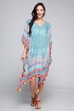 Scarf printed kaftan with multi colored tassels and embroidery. Niqab Fashion, Boho Fashion, Fashion Outfits, Steampunk Fashion, Gothic Fashion, Kaftan Pattern, Kaftan Designs, Kurta Patterns, Beach Attire