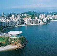 Museu de Arte Contemporânea de Niterói (Rio de Janeiro)  Oscar Niemeijer
