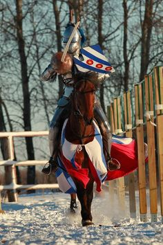 Jouster Yuri Bogunov, Winner of the knights competition during the Christmas Tournament in Khrabrovo 2015 (photo by Eugenia Komarova) - The Jousting Life: Christmas Tournament in Khrabrovo 2015