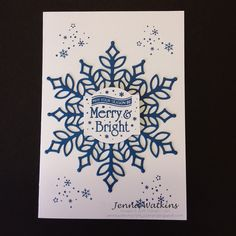 Hello and Welcome, Today I would like to show you one of the cards I have made using the note cards & Envelope, I have been using the. Show Case, Merry And Bright, Christmas Traditions, Note Cards, Snowflakes, Stampin Up, Christmas Cards, Corner, Seasons