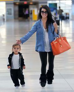 Kourtney Kardashian love her!