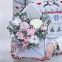 winter letter✉️❄️ @lathyrus.lavka #flowers #lathyrus #цветывконверте#happybirthday #winterdays #envelopeofflowersowers #flowerstagram #bouquet #romantikflowerdesign#цветывкоробке #зимнеенастроение #букетминск #цветыминскдоставка #подарок #букетназаказминск #lathyruslavka