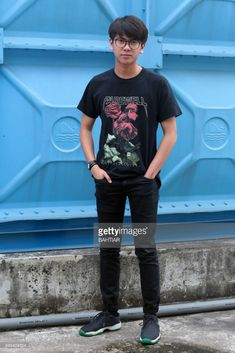 This photo taken on December 2017 shows Indonesian actor and singer Iqbaal Dhiafakhri Ramadhan posing during a photo shoot in Bekasi. Cute Boys, My Boys, Boys Life, Amelia, My Idol, Actors & Actresses, Photo Shoot, Ale, Drama