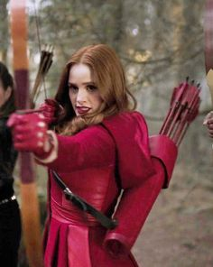 Shared by Young_Paradise. Find images and videos about riverdale and cheryl blossom on We Heart It - the app to get lost in what you love. Cheryl Blossom Riverdale, Riverdale Cheryl, Riverdale Cast, Gossip Girl, Cheryl Blossom Aesthetic, Camila Mendes Riverdale, Tres Belle Photo, Riverdale Fashion, Riverdale Characters