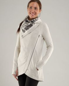 Lululemon Method Wrap.. Must add to my collection