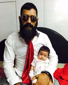 Indian skipper Mahendra Singh Dhoni, also known as 'Captain cool', is in full family mode as he remains off the field, with Indian team all set to face Carrabians in four Test. Cricket Videos, Latest Cricket News, World Cricket, Live Cricket, Cricket Score, Ziva Dhoni, Dhoni Captaincy, Dhoni Quotes, Ms Dhoni Wallpapers