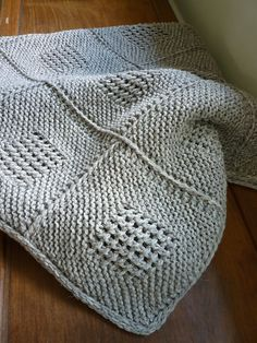 Ravelry: eLoomanator's Diagonal Knit Dishcloth pattern by Jana Trent I can see this as a baby blanket pattern.