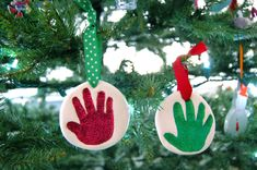 hey jen renee: easy + mess-free baby handprint ornament