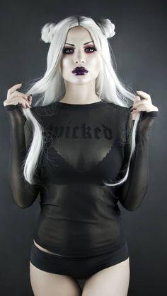 """⚜𝕸𝖆𝖗𝖞 𝕯𝖊 𝕷𝖎𝖘 ⚜ - 𝖂𝕴𝕮𝕶𝕰𝕯 Top: / Wig: Grey contacts: Self portrait Face: Foundation """"Total Control"""" & HD studio photogenic concealer Eyes: """"Venus Dark Beauty, Goth Beauty, Hot Goth Girls, Gothic Girls, Steampunk, Dark Fashion, Gothic Fashion, Fetish Fashion, Goth Chic"""