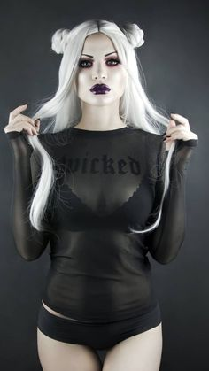 "⚜𝕸𝖆𝖗𝖞 𝕯𝖊 𝕷𝖎𝖘 ⚜ - 𝖂𝕴𝕮𝕶𝕰𝕯 Top: / Wig: Grey contacts: Self portrait Face: Foundation ""Total Control"" & HD studio photogenic concealer Eyes: ""Venus Hot Goth Girls, Gothic Girls, Sexy Hot Girls, Dark Beauty, Goth Beauty, Steampunk, Dark Fashion, Gothic Fashion, Fetish Fashion"