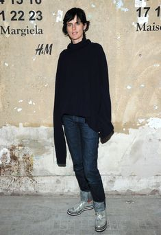stella tennant // h & m X maison martin margiela launch party Stella Tennant, New Street Style, Model Street Style, Tomboy Chic, Sporty Chic, Vogue Fashion, Fashion Models, Style Stealer, Androgynous Models
