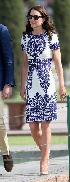 Voilà, il fait enfin beau et la saison des communions/mariages commence officiellement. On est donc à la recherche de petites robes d'été...