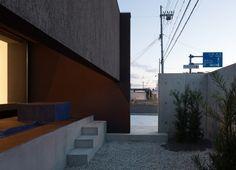 dzn_Gable-House-by-FORM-Kouichi-Kimura-Architects-17