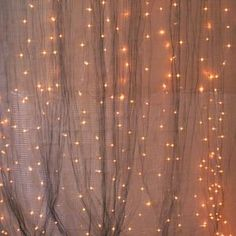 Create a dazzling and festive light display for your home with these creative DIY Christmas light decoration ideas! Diy Christmas Light Decorations, Exterior Christmas Lights, Christmas Backdrops, Christmas Diy, Holiday Crafts, Holiday Decor, Plus Size Wedding Gowns, Curtain Lights, Diy Curtains
