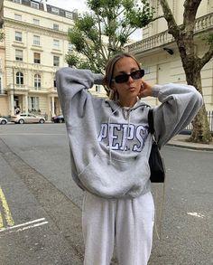 Outfit Ideas РId̩e de tenue РMinimaliste РClean Outfit School Looks, Mode Outfits, Fashion Outfits, Fashion Tips, Fashion Bloggers, 90s Fashion, Fall Fashion, Boho Fashion, Style Fashion