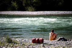 """27. September 2014: """"Nackig und mutig in die Fluten: Steyr in Steyr"""" Mehr Bilder auf: http://www.nachrichten.at/nachrichten/fotogalerien/weihbolds_fotoblog/ (Bild: Weihbold)"""