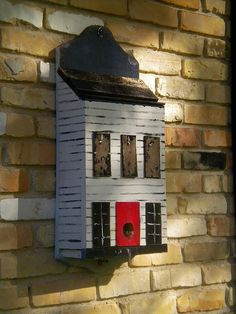cute bird house. This could be made out of a mailbox.