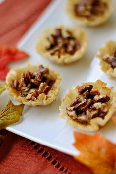 Mini Maple Pecan Pies Ingredients 1 egg 1/4 cup maple syrup(reg or sugar free ), or agave nectar 1/4 stevia baking blend 1/2 cup pecans 1 box phyllo shells Directions Preheat oven to 350 degrees. Place shells on baking sheet and fill evenly with pecans. In a bowl wisk together egg, syrup, and stevia , and pour over tarts filling just to the top. Bake for 15 to 20 mins until golden and Enjoy!