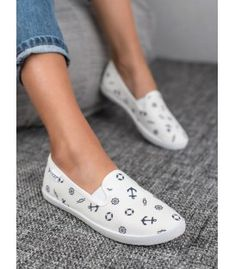 Slippers, Flats, Shoes, Fashion, Loafers & Slip Ons, Moda, Zapatos, Shoes Outlet, Fashion Styles