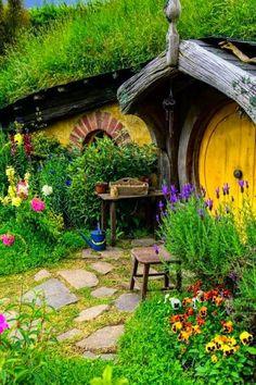 Hobbit Houses in New Zealand