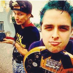 Mike Dirnt and Billie Joe Armstrong from Green Day!