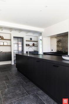 Dauby exclusief deur-, raam-, en meubelbeslag - Project Paul Rijs - Hoog ■ Exclusieve woon- en tuin inspiratie.