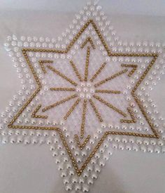 Needlepoint Patterns, Cross Stitch Patterns, Crochet Bedspread Pattern, Loom Crochet, Pearl Decorations, Beaded Christmas Ornaments, Stone Crafts, Beaded Bags, Rangoli Designs