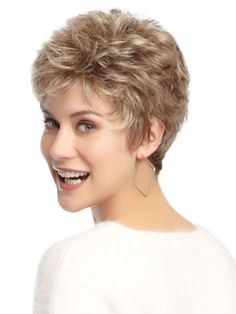 Short hair styles for curly hair, for square faces| http://www.olixe.com #hairstyle #curlyhair