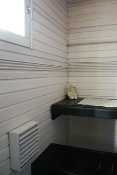 Paint your sauna black&white. Supi Saunavaha musta lauteissa, Supi Saunavaha valkoinen seinissä.  #supisaunavaha #valkoinensauna By Decoaid. Sauna Design, Finnish Sauna, Diy Interior, Powder Room, My Dream Home, Blinds, Relax, Curtains, Black And White