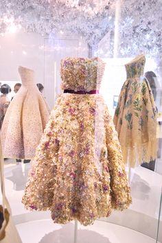 46 ideas fashion design atelier christian dior for 2019 Dior Haute Couture, Couture Christian Dior, Christian Dior Dress, Christian Dior Vintage, Fashion Weeks, Dior Fashion, Fashion Models, Fashion Show, Fashion Design