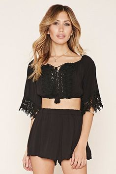 Black FOREVER21  crop top  for woman Matching set,Floral crochet trim,Crop top,High waist shorts,Split neck,Tasseled,Lovecat #topcorto #bralet #strappybralet #bandeautop