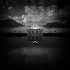 The Circle is a creation by Luigi Esposito. Category Photography, Montage. 112 points, 25 appreciations, 1 favourite, 92 views. Image #658608.