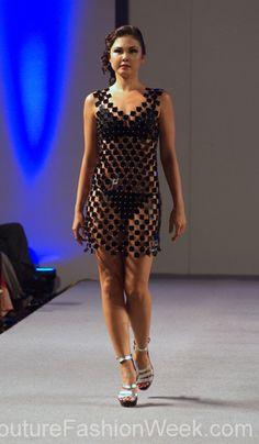 Jorge Afanador Couture Fashion Show New York 2013 Collection Printemps 2013 #jorgeafanador #mode #fashion #women #femmes #printemps2013 #newyork #couturefashionshow #couture #inspiration #robe #dress #noir