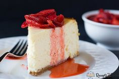 New York-Style Cheesecake with Fresh Strawberry Topping- Brown Eyed Baker Best Cake Recipes, Copycat Recipes, Favorite Recipes, Sweets Recipes, Bread Recipes, Rodjendanske Torte, New York Style Cheesecake, Basic Cheesecake, Cheesecake Desserts