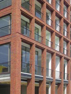 Residential Architecture Brick Buildings Facade Grid And Other Facades Brick Design, Facade Design, Building Exterior, Building Facade, Brick Architecture, Architecture Details, Modern Residential Architecture, Eckhaus, Brick Detail