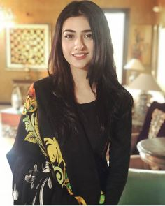 Best Trendy Outfits Part 32 Sara Khan Pakistani, Pakistani Girl, Pakistani Dress Design, Pakistani Actress, Pakistani Fashion Casual, Pakistani Models, Pakistani Outfits, Beautiful Girl Photo, Beautiful Girl Indian