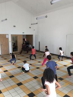 #vovietnam #sonlongquyenthuat #slqt #vovietnam #martialarts #vietnam #sport #culture #spirit #saintetienne #movement #france #fivv #stage #friends #art #famtv #wwfvv #artsmartiaux #artmartial #kungfu #selfdefense Kung Fu, Martial, Vietnam, Saint Etienne, Advertising Ads, Club, Saints, Stage, France