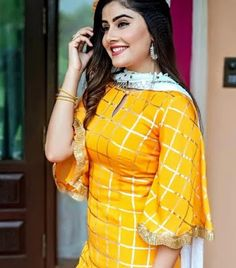 45 Trending sleeve designs for salwar suits Kurti Sleeves Design, Sleeves Designs For Dresses, Kurta Neck Design, Neck Designs For Suits, Dress Neck Designs, Sleeve Designs, Blouse Designs, Simple Kurti Designs, Kurta Designs Women
