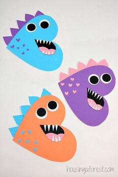 Fun and Easy Valentine's Day KIDS Crafts – Simple Pink, Love, Red and Hearts Art Projects and Activities for Children of all Ages! - Kinder art and craft - Heart Dinosaur – Valentines Craft for Kids - Valentine's Day Crafts For Kids, Valentine Crafts For Kids, Valentines Day Activities, Craft Activities For Kids, Preschool Crafts, Holiday Crafts, Children Crafts, Art Children, Valentine Gifts