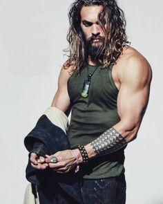 Jason Momoa- el hombre más guapo del mundo – Aquaman He is known for playing Aquaman in the extended Universe of DC Comics, starting with. Jason Momoa Aquaman, Aquaman Actor, Aquaman Film, Gorgeous Men, Beautiful People, Absolutely Gorgeous, Norman Jean Roy, My Sun And Stars, Hommes Sexy