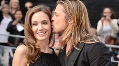 Image copyright                  PA Image caption                                      Jolie y Pitt habían estado casados con, y divorciado de, estrellas antes.                                Después de 12 años juntos, seis hijos y dos años de matrimonio, Brad Pitt y Angelina Jolie parecía ser una de las parejas más sólidas de Hollywood. Hace menos de dos años, de hecho, Jolie le dijo a la BBC que su relación con Pitt no iba a tener
