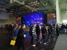 Rundgang auf der Cebit 2012 in Hannover. Mehr Infos, Bilder und einen vollständigen Bericht zur Messe gibt's http://www.mupaki.de/community/medien-ratgeber-news-blog/259-cebit-2012-messe-bericht