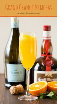 With double the citrus flavor, Grand Orange Mimosas are the perfect addition to Sunday brunch! ~ http://www.garnishwithlemon.com cocktail recipe for book club, girlfriend breakfast, holiday party