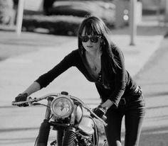 #girls #caferacer #ridernotonthestorm