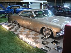 Layitlow Events | 1965 Chevy Impala SS Lowrider http://www.layitlow.com/forums/15 ...